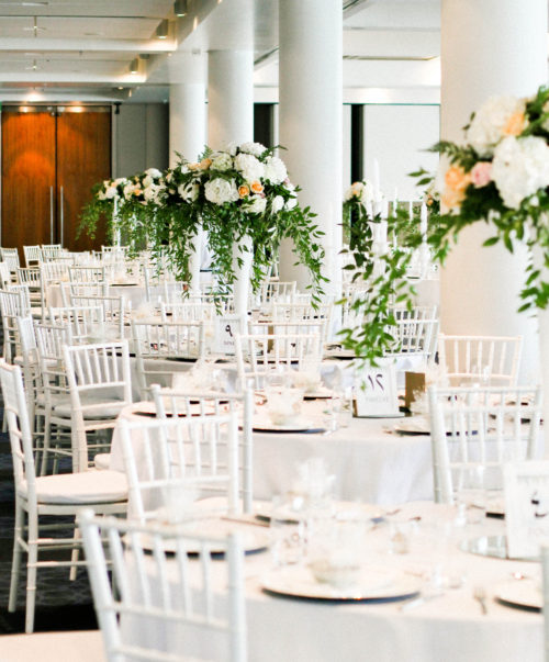 stylish_event_wedding_flowers_decoration_white